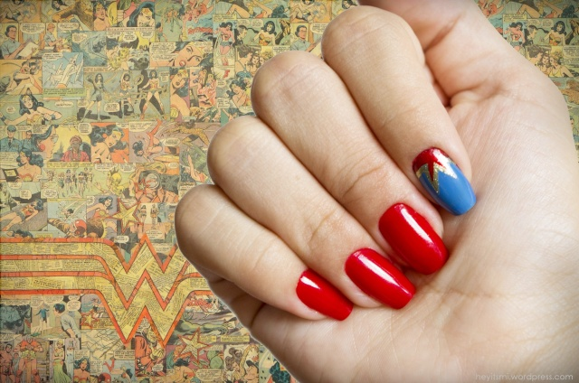 nail_art_mulher_maravilha